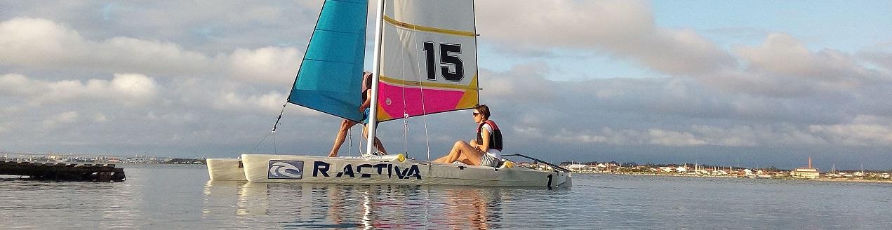 Passeio e aula de barco á vela na ria de Aveiro - Portugal